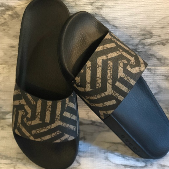 846c69f3d Gucci Shoes | Nwtauth Unisex Supreme Gg Caleido Beige | Poshmark